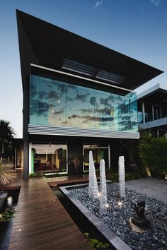 envyavenue: Contemporary Luxury At The Esplanade House in Melbourne