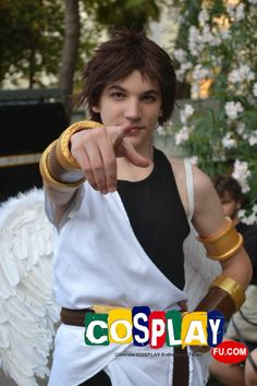 Pit (Kid Icarus) Cosplay from Kid Icarus in RIMINI COMIX 2013 IT