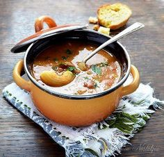 The traditional hearty soup that you'd be served in any Italian household, Pasta e Fagioli is full of delicious flavors like tomato, onion, beans and more. This recipe for Italian Grandmother's Pasta e Fagioli is a classic that everyone will love. Old Italian Recipes, Italian Dishes, Italian Meals, Italian Pasta, Italian Cooking, Pasta Recipes, Soup Recipes, Cooking Recipes, Recipe Pasta