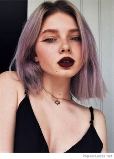 Awesome short purple hair and matte lips