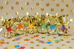 DIY Fringey Pots of Gold for St Patricks Day   Studio DIY