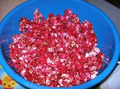 Aprenda a preparar a receita de Pipoca doce vermelha (segredo dos pipoqueiros)