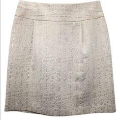 Gold Metallic & Cream Skirt Worn once. Cute skirt perfect for the holidays!!! •BUNDLE & SAVE• Merona Skirts Mini