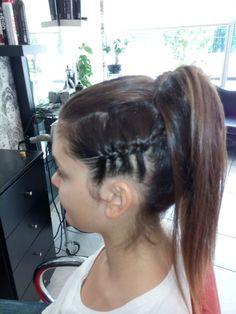 Κοτσιδες Hair Styles, Beauty, Color, Fashion, Hair Plait Styles, Moda, Fashion Styles, Hair Makeup, Colour