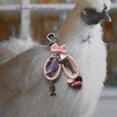 Bijou de sac porte clés style marin pastel - romantique - poissons  - perles  - cordon torsadé - noeud - rose,parme,violet et argenté