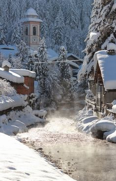 The river in Champoluc, Val d'Ayas, Aosta Italia. Winter Szenen, Winter Magic, Winter Time, Places Around The World, Around The Worlds, Snow Scenes, Winter Pictures, Winter Beauty, Winter Landscape