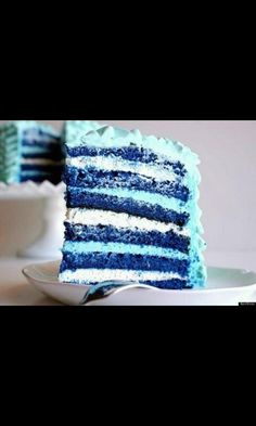 I totally think of Percy Jackson when I see this cake