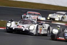 wec-round-6-fuji-final-porsche-bias-is-1-2-toyota-5th-and-6th-place20151012-8