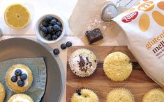 Muffins | Oppskrifter | Idun Mors hjemmebakte Baking Recipes, Muffins, Cupcake, Food And Drink, Cheese, Pure Products, Breakfast, Barn, Cooking Recipes