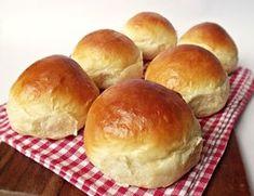 Citromhab: Tejszínes zsemle No Salt Recipes, Bread Recipes, Cake Recipes, Healthy Homemade Bread, Tasty, Yummy Food, Delicious Recipes, Hungarian Recipes, Hungarian Food