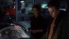 Jemma Simmons, Leo Fitz    AOS 1x13 TRACKS    736px × 414px    #screencap