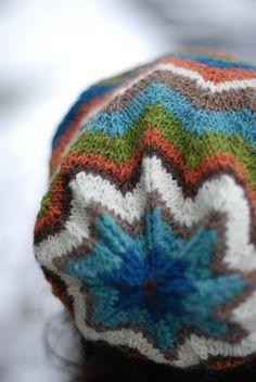 Super cool hat from Ravelry! Make you own in some DROPS Alpaca!