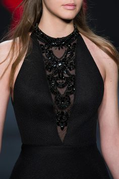 Badgley Mischka at New York Fashion Week Fall 2015 - Herren- und Damenmode - Kleidung New York Fashion, Trend Fashion, Fashion Week, Fashion Details, Autumn Fashion, Fashion Design, Fashion Fashion, Fashion Photo, Mode Swag
