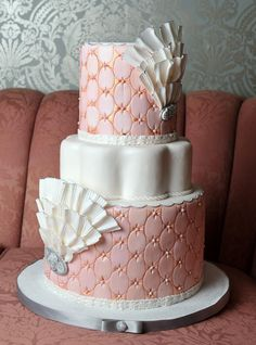 Sometimes we see a sweet table or a cake that just makes our jaws drop! Well Lori Hutchinson, the genious behind The Caketress , leaves us s. Coral Wedding Cakes, Elegant Wedding Cakes, Beautiful Wedding Cakes, Gorgeous Cakes, Wedding Cake Designs, Pretty Cakes, Amazing Cakes, Coral Cake, Coral Weddings