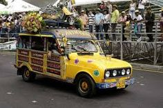 Resultado de imagen de medellin  desfile coches antiguos 2015