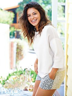 Jane the Virgin's Gina Rodriguez: I'm Constantly Being Told 'You're Not Skinny Enough' http://www.people.com/article/gina-rodriguez-jane-virgin-body-image