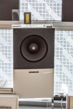 Wolf von Langa speakers SON
