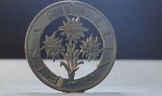 Decorative Plates, Brooch, Jewelry, Home Decor, Jewlery, Decoration Home, Jewerly, Room Decor, Brooches