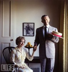 Photographic Print: Portrait of Married American Comedians Gracie Allen and George Burns by Allan Grant : Golden Age Of Hollywood, Hollywood Stars, Classic Hollywood, Old Hollywood, Hollywood Couples, Celebrity Couples, Celebrity Weddings, Celebrity Faces, Famous Couples
