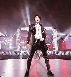 160731 - SHINEE WORLD 2016: ~D×D×D~IN TOKYO DOME BROADCAST #Shinee #Minho Shinee Minho, Lee Taemin, Jonghyun, Shinee 2016, Pvc Trousers, Tokyo Dome, Choi Min Ho, Lee Jinki, Kim Kibum