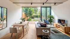 CO-AP adds contemporary concrete and glass extension to semi-detached Sydney home Luz Natural, Natural Light, Semi Detached, Detached House, Sala Grande, Glass Extension, Interior Architecture, Interior Design, The Design Files