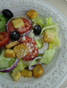 The Olive Garden Never Ending Salad Bowl   At Your House! Make The Salad