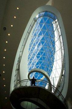 Un capullo de cristal y hormigón para las obras de Salvador Dalí – RT