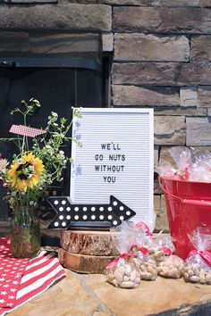A Going Away to Texas Party {a. That Party I Never Wanted to Plan} A Going Away to Texas Party { Farewell Party Decorations, Farewell Parties, Diy Party Decorations, College Parties, Retirement Parties, Grad Parties, Friend Moving Away Gifts, Going Away Gifts, Moving Away Parties