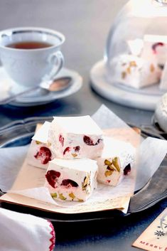 8 Australian Christmas dessert recipes to make this year – Christmas Bloğ Christmas Lunch, Christmas Desserts, Christmas Recipes, Xmas Food, Christmas Cooking, Christmas Candy, Christmas Holidays, Tea Time Snacks, Traditional Christmas Pudding Recipe