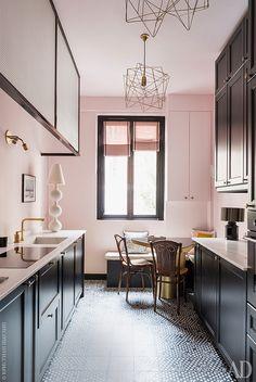 Квартира дизайнера Анн-Софи Пайере в Париже: интерьеры в зеленом цвете | Admagazine | AD Magazine