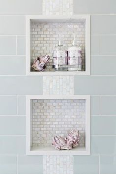 Awesome 60 Small Master Bathroom Tile Makeover Design Ideas https://homearchite.com/2017/09/13/60-small-master-bathroom-tile-makeover-design-ideas/