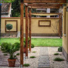 #topgarden #topgardener #garden #gardendesign #gardening #gardendesigner #landscape #classicgardens #pergola #kert #kertészkedés… Land Scape, Arch, Outdoor Structures, Garden, Instagram, Mirrors, Longbow, Garten, Lawn And Garden