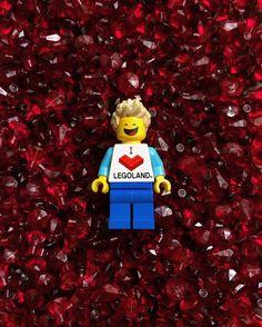 _  #lego #legostagram #legominifigures #minifigure #minifigures #afol #instatoy #instalego #hobby #키덜트 #취미 #레고 #미니피규어 #피규어 #brick #brickcentral #toyartistry #toycommunity #보석 #jewerly #일상 #스마일 #smile #legogram by jeongbo_2