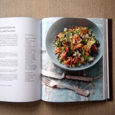 Rezept von Ghillie James: Couscous-Amaranth-Salat mit Rosmarinkürbis und Zucchini