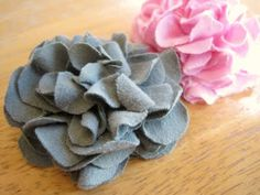 TUTORIAL - Mum Hair Clip from jersey knit fabric