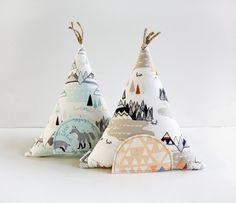Tooth Fairy Teepee Toy Pillow Kids Pillow Boys Girls por AppleWhite, $24.00