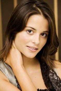 Stephanie Leonidas known for MirrorMask, Crusade in Jeans and Defiance coming to Dragon Con 2014!