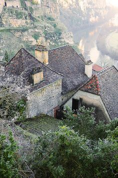 "Saint Cirq Lapopie ~ is a member of the ""Les Plus Beaux Villages de France"" (""The most beautiful village of France"") association. The village is perched on a cliff on an outcrop of rock and is a masterpiece of medieval architecture, in southwestern France."