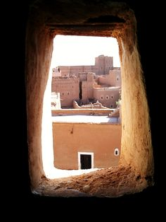 Being a western citizen, the best way to get acquainted with the Arab world is definitely by making a journey to Morocco. Morocco is a Muslim country in northwestern Africa, right below Spain, bordering the Atlantic Ocean and the Mediterranean, with strong influences from the western world. By Original Senses #originalsenses #morocco Arab World, Western World, Atlantic Ocean, Luxury Travel, Citizen, Morocco, Muslim, Spain, Africa