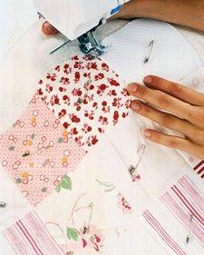 Memory quilt, mantita patchworkd con retales de la ropa que se les va quedando pequeña, precioso recuerdo!!
