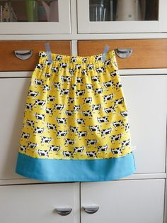 Simple and summery girl's skirt