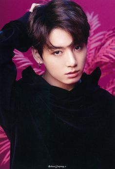 Find images and videos about kpop, bts and jungkook on We Heart It - the app to get lost in what you love. Foto Jungkook, Foto Bts, Jungkook Cute, Kookie Bts, Jungkook Oppa, Bts Bangtan Boy, Taehyung, Namjoon, Seokjin
