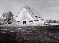 Kerk van de Christian Science Society, this church is in Jalan Dago near Pasupati Flyover