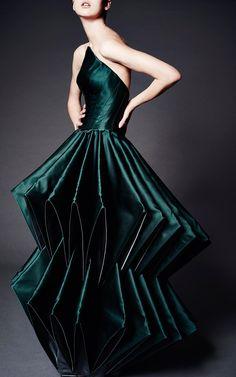 Zac Posen Pre-Fall 2016 - Preorder now on Moda Operandi