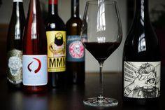Dieses Weinabo Geschenk lässt Genießer-Herzen höher schlagen. Immer wieder neues entdecken & die stylishen Flaschen bestaunen..so schmeckt das Leben!
