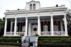 Christmas in New Orleans   home in the Garden District.