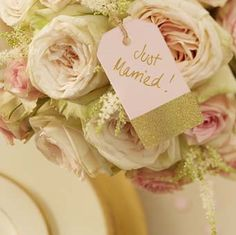 Marques places - Rose pastel & Or - Décoration Mariage - Yes I Do Mariage Shop en Ligne Marque Place Rose, Wedding Favor Tags, Wedding Invitations, Pink Luggage, Rose Pastel, Pink And Gold Wedding, Wedding Place Settings, Girly, Alice In Wonderland Party