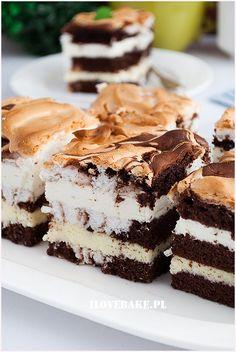 Ciasto łaciate - I Love Bake Polish Desserts, Tiramisu, Cheesecake, Dhal, Cupcakes, Yummy Food, Sweets, Communion, Ethnic Recipes