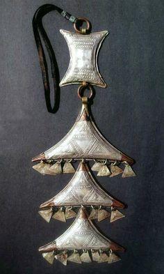 "Africa | Temporal Amulet ""Terewt""; silver, copper and brass | Tuareg Kel-Air, Níger"
