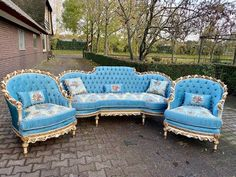 Items similar to Vintage French Furniture French Chair Piece Set* Vintage Furniture Baroque Furniture Rococo French Antique Tufted Chair Velvet on Etsy Baroque Furniture, French Furniture, Vintage Furniture, Outdoor Furniture Sets, Royal Furniture, Furniture Ideas, Rococo Chair, Tufted Chair, Small Pillows